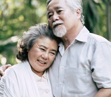 elderly-couples-dancing-together-TL4M4C8-1-e1623352580621